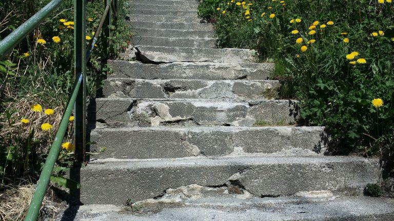 Trapper, Klokkarlia-Øvsttunvegen